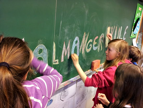 photo of children in a Norwegian classroom