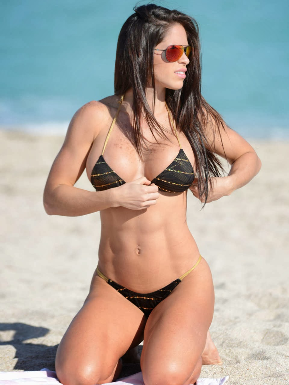 English:Michelle Lewin Black Bikini Miami February‭ ‬14,‭ ‬2014‭
