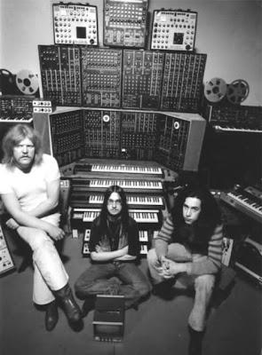 La formación de Tangerine Dream para la gira por Australia y Nueva Zelanda de marzo de 1975