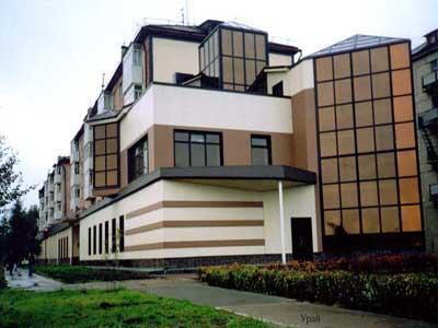Ремонт фасада многоквартирного дома штукатурка
