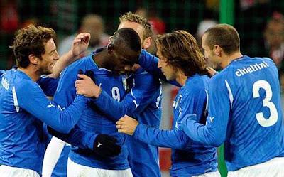 Poland 0 - 2 Italy (1)