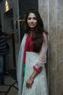 Parvathy Omanakuttan Latest Still in Churidar