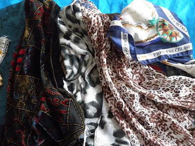 lenços e echarpes