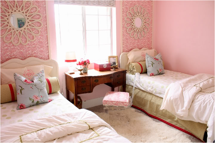 this room was done on a very small budget of 25000 yes thats right 25000 done by the homeowner with help from her parents - Creative Girls Rooms