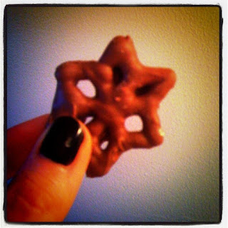 chcolate covered star pretzels