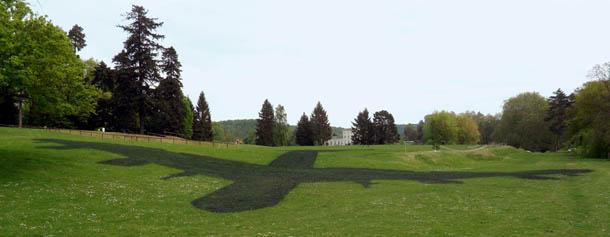 the shadow - instalação de Brigitte Zieger