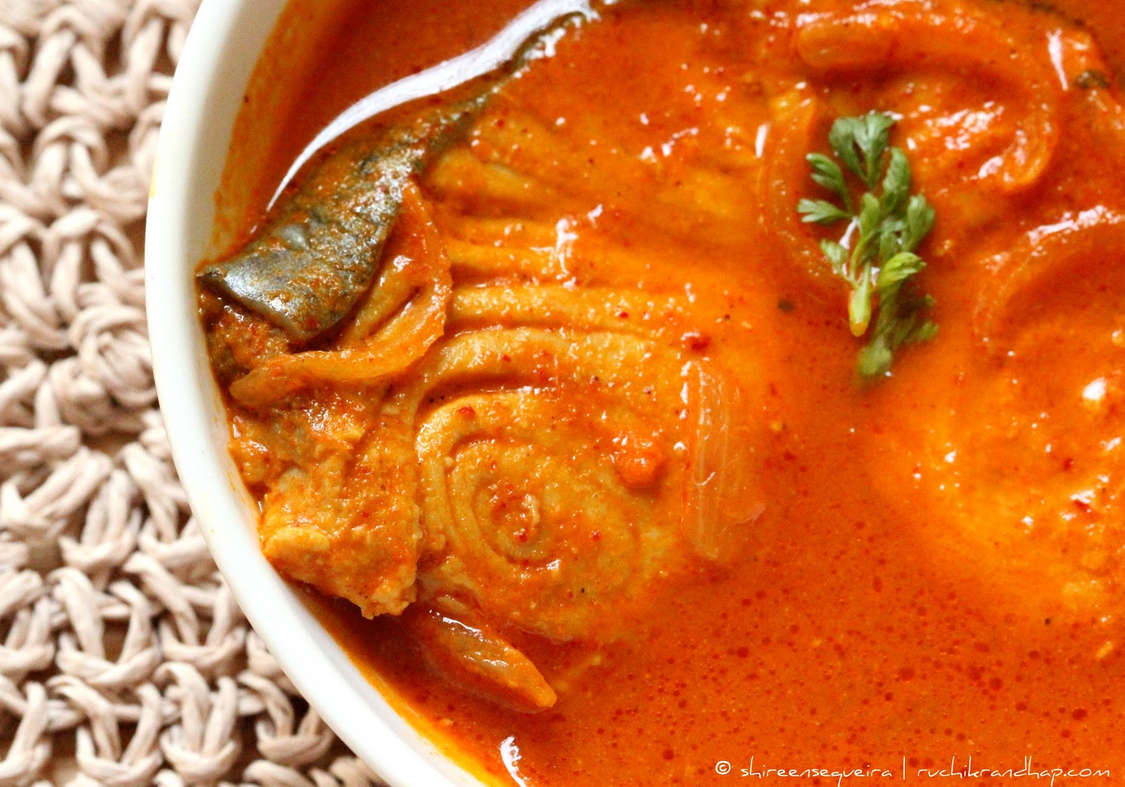 recipe: king fish curry mangalorean style [5]