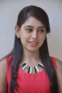 Actress Niti Taylor Latest Pictures in Pink Top and Tight Jeans 0001.jpg