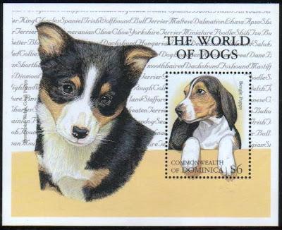 2000年ドミニカ国 ビーグルとウェルシュ・コーギー・ペンブロークの子犬の切手シート