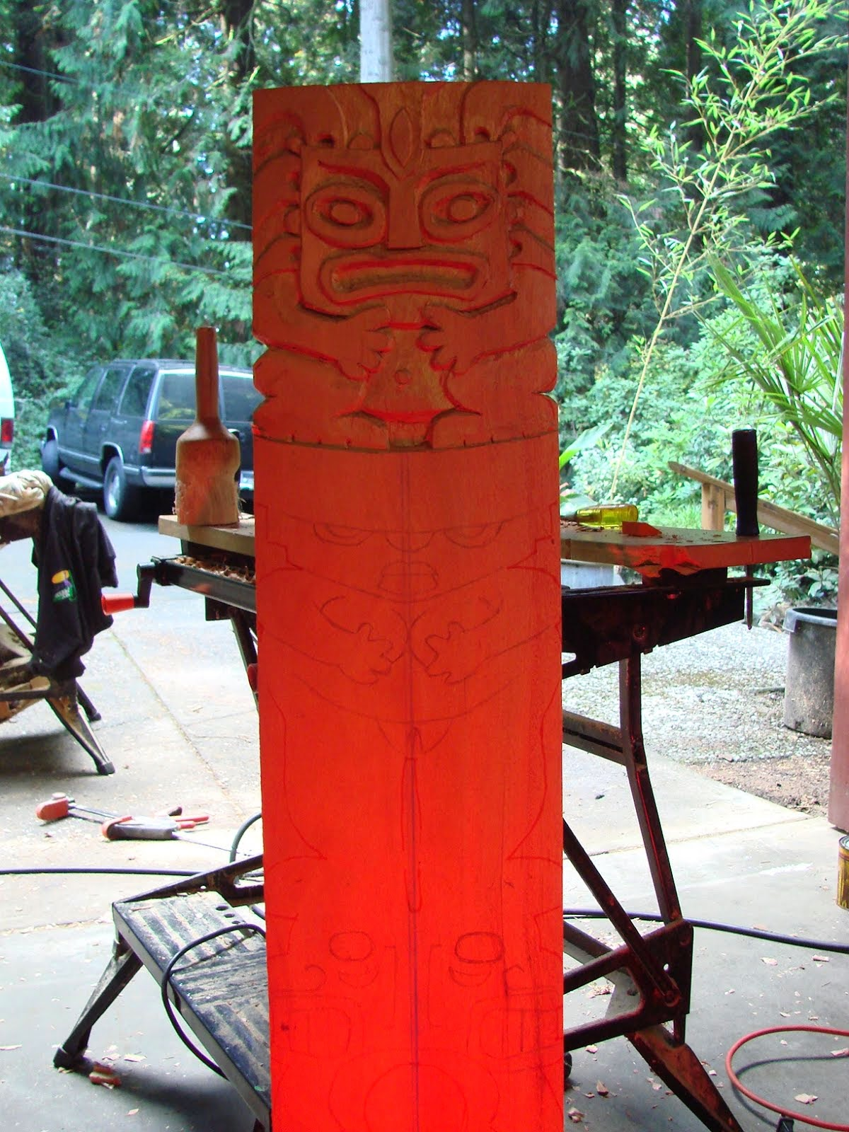 I imagined it would take 5 hours to carve this top piece.