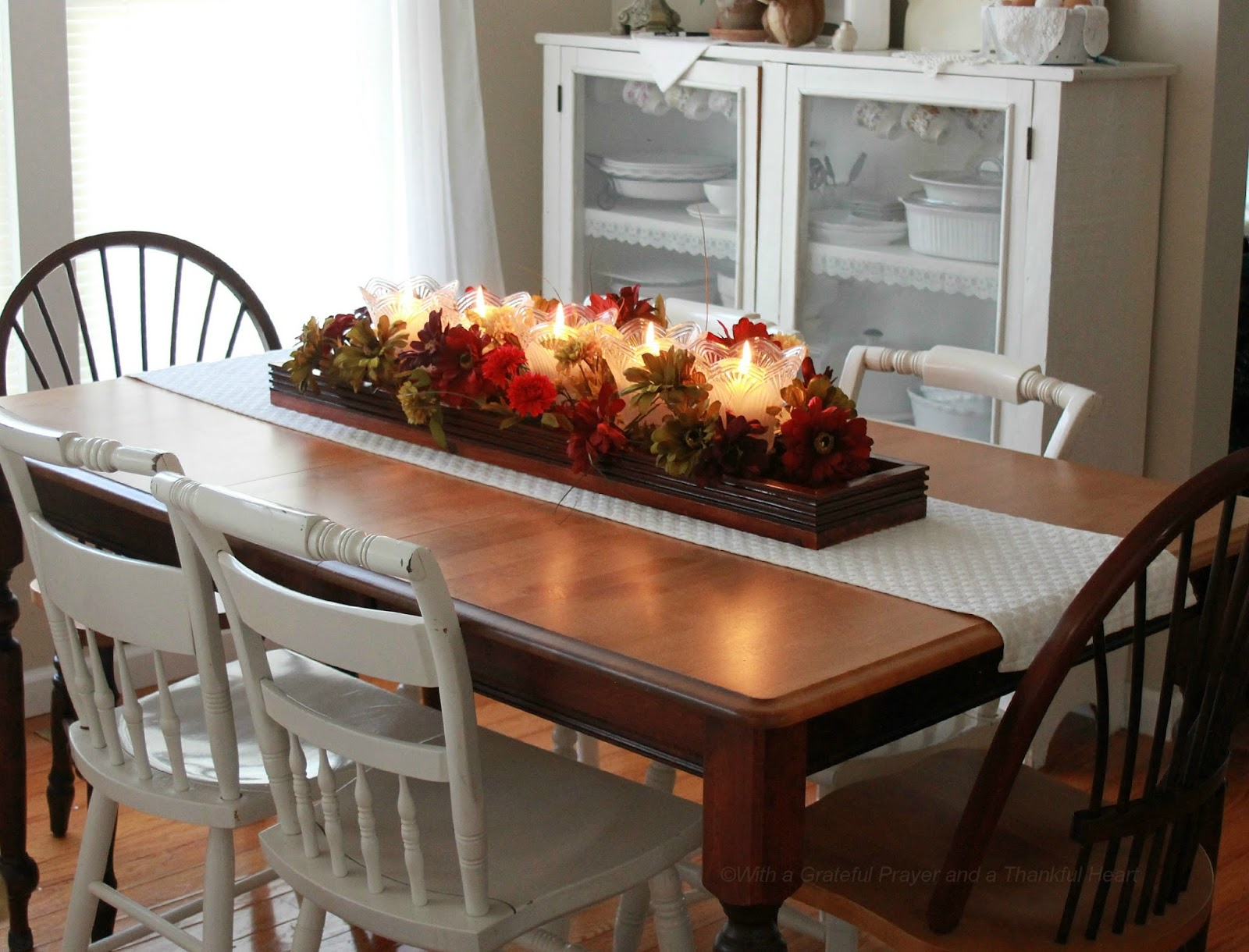 Table centerpiece from re purposed light globes grateful for Centerpieces for wood dining table
