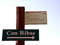 Indicador del Camí de Can Ribes. Can Martí. Autor: Carlos Albacete