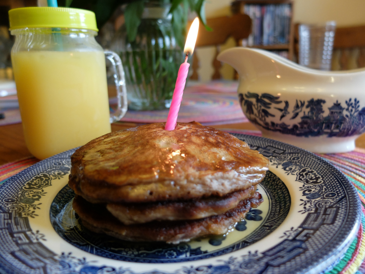 Applie Pie Pancakes with Vanilla Maple Butter