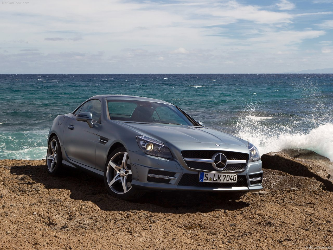 http://3.bp.blogspot.com/-yd9q1qi5JHI/TZxhoAEw3II/AAAAAAACMd4/GezQ9dSWxew/s1600/Mercedes-Benz-SLK350_2012_1280x960_wallpaper_04.jpg