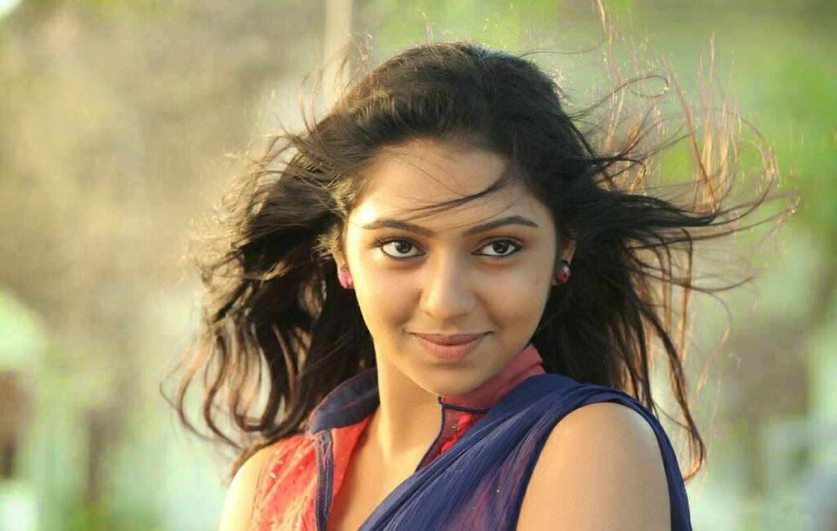 Actress Lakshmi Menon Latest Photos - Viewing Gallery Naan Sigappu Manithan Lakshmi Menon Lip Lock