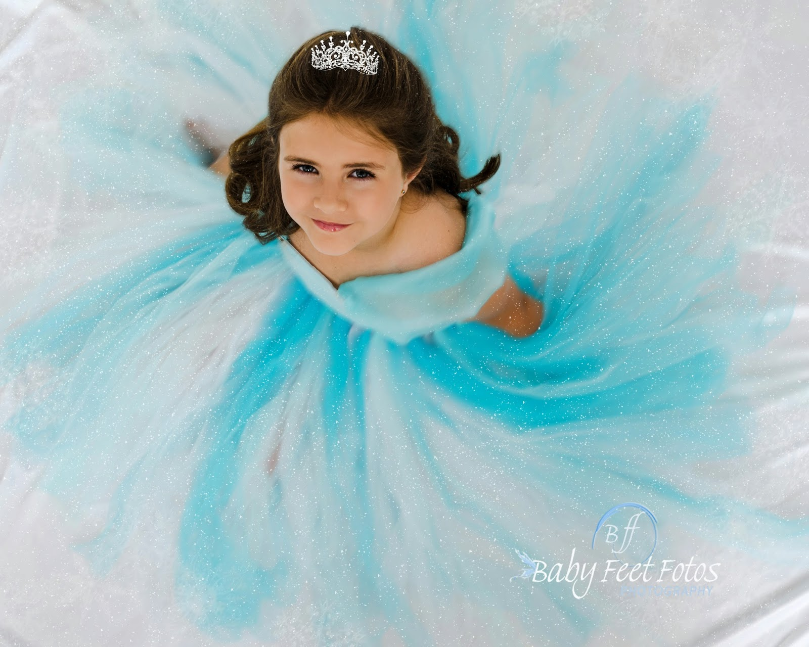 Baby feet fotos disney 39 s movie frozen inspired photos - Princesse frozen ...