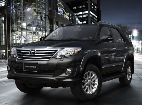 Toyota Fortuner 2.7V 4WD AT 2012 xe 7 chỗ