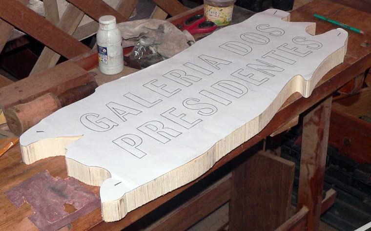 Placa para sítios - Entalhe em madeira