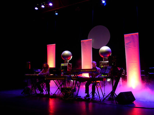 Uni Sphere (Eric van der Heijden, René Splinter) live @ E-Live 2015 / photo S. Mazars