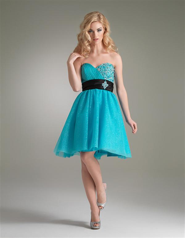 Vestido para invitadas a una boda de color turquesa : Vestidos de ...