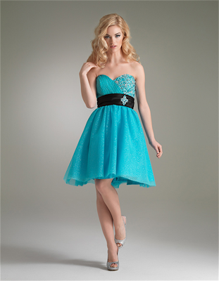 Turquoise wedding dresses This cute dress has a sweetheart neckline