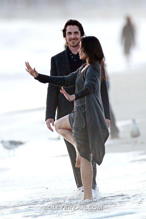 Freida and christian on the beach -  Freida Pinto & Christian Bale Filming 'The Knight Of Cups'