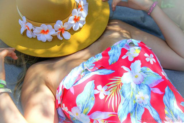 billabong,maillot de bain,banane,bangus,philippine hossegor,brixton,chapeau,tropicool,imprimé hawaii,néocombine,néoprène,bracelets,recyclage,lolita