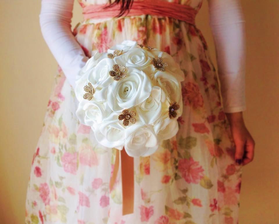 Bouquet noiva brilhantes dourados