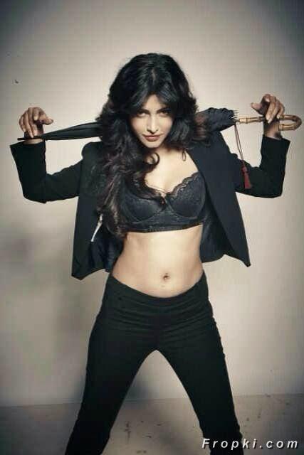 Shruti Haasan latest photoshoot