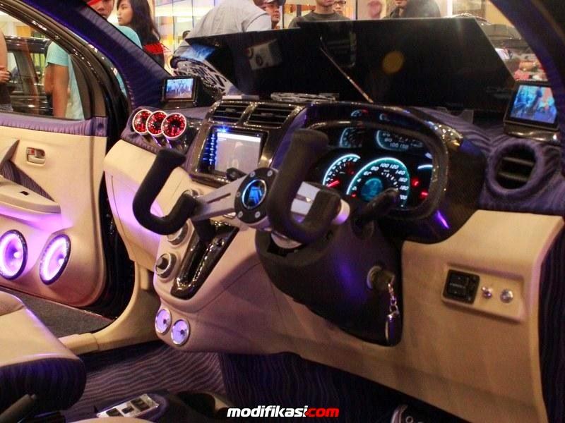 modifikasi interior daihatsu sirion