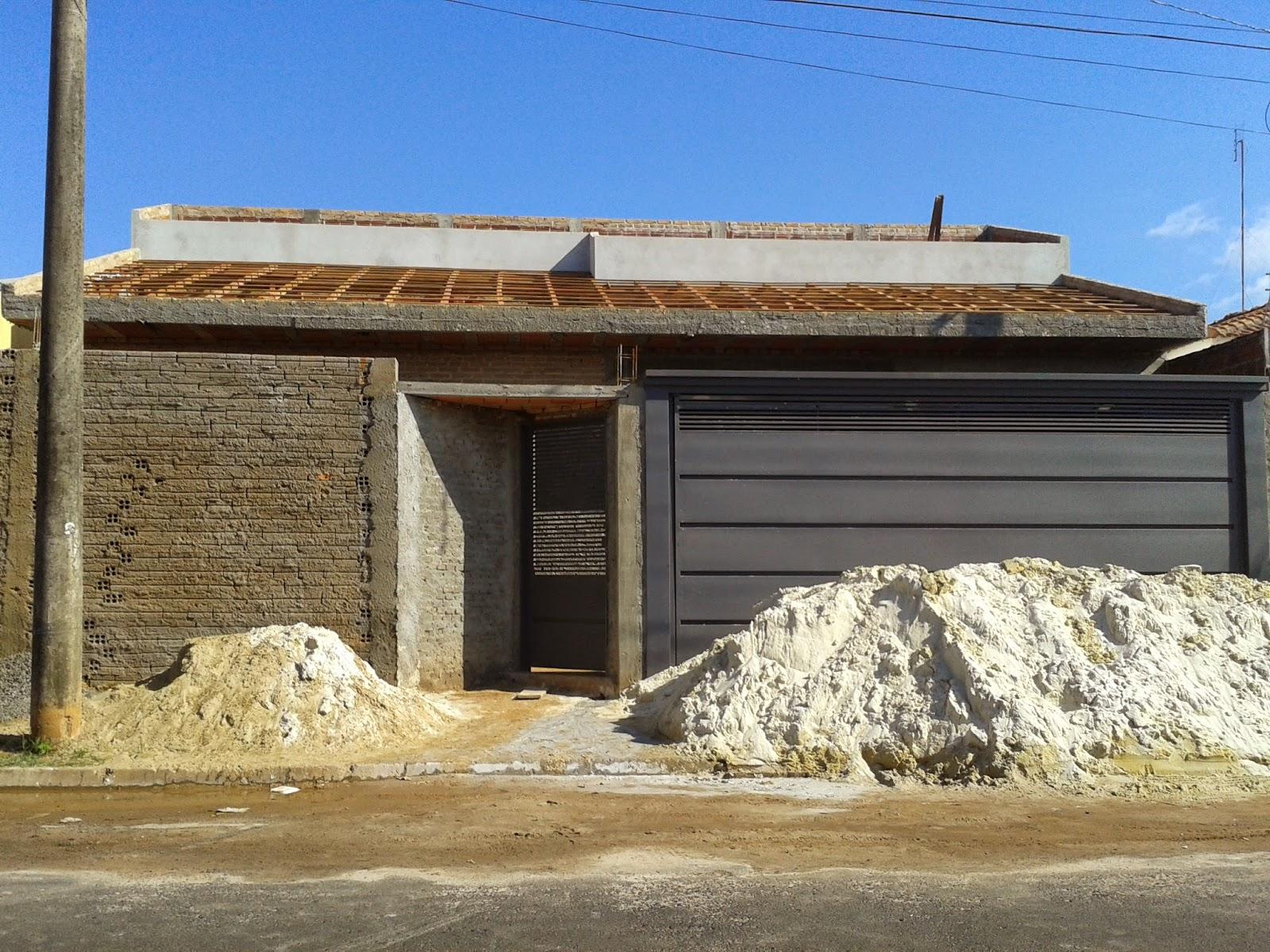 Madeiramento da frente da casa (falta madeirar telhadinho superior) #1263B9 1600x1200