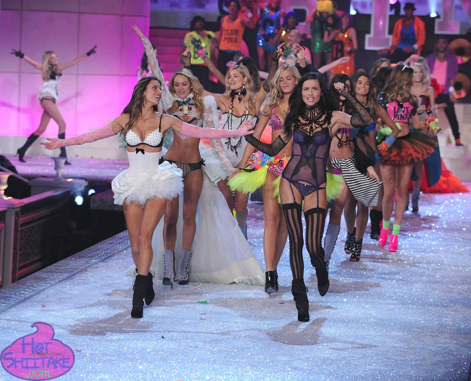 Alessandra Ambrosio and Adriana Lima Victoria's Secret Fashion Show 2011