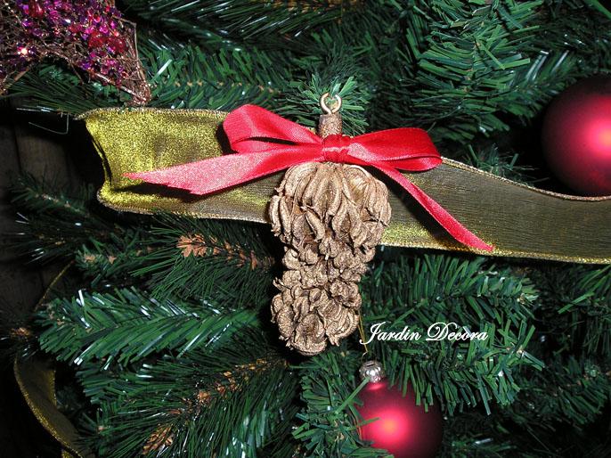 Jardin decora adornos de navidad caseros for Adornos para jardin caseros