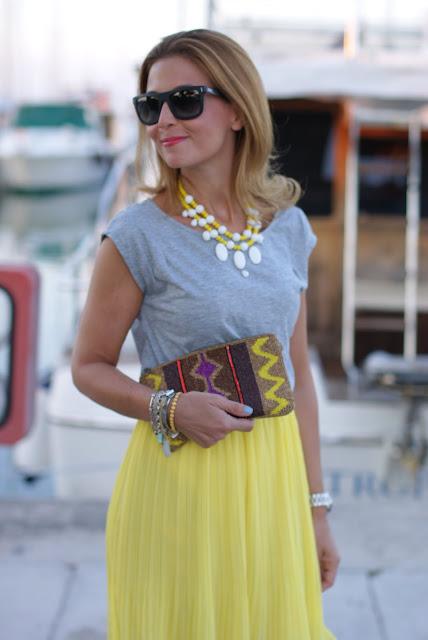 Stradivarius clutch, Woakao dress, statement necklace, Fashion and Cookies, fashion blog