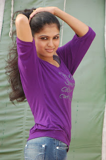 Ruthva Spicy Telugu Actress Pictures Spicy T Shirt