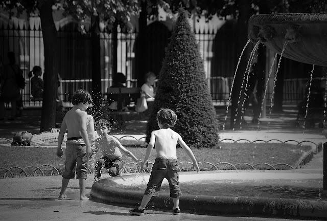 Place des Vosges, Paris 2012 © Laura Prospero