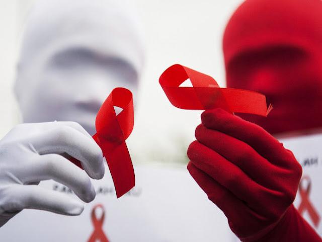 Teste para HIV chegará às farmácias brasileiras no ano que vem