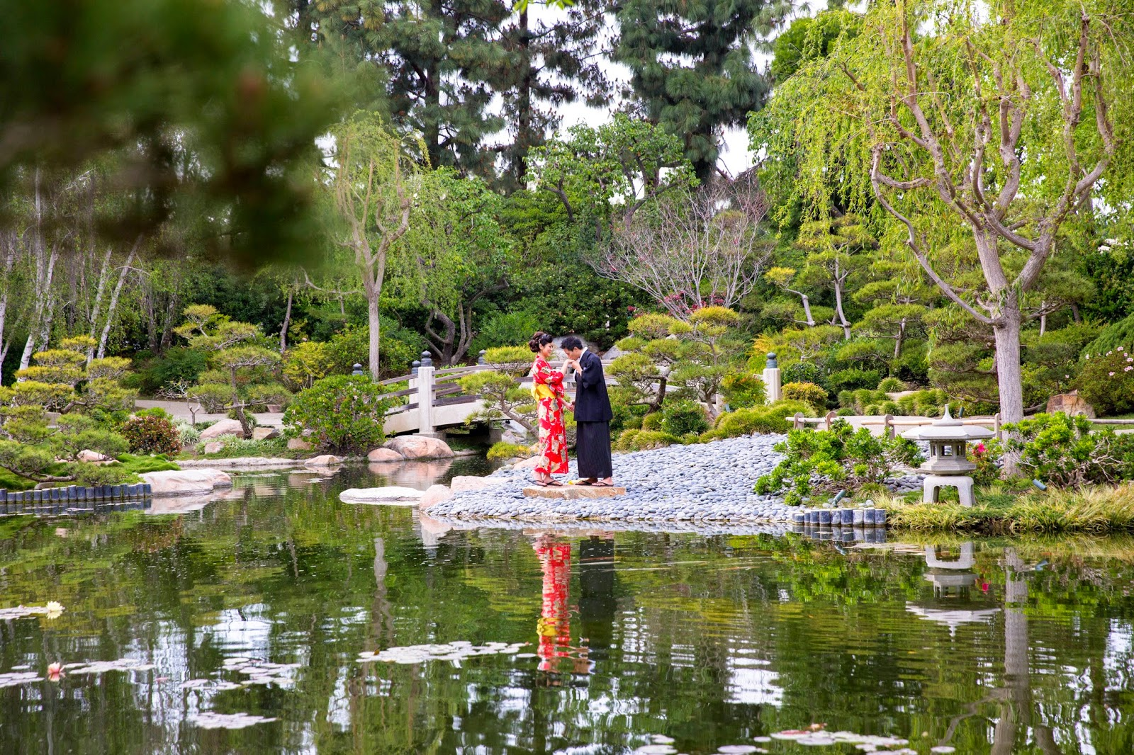 Push and Scream: Earl Burns Miller Japanese Garden | Oscar + Sophie