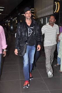 Hrithik Roshan snapped at Airport