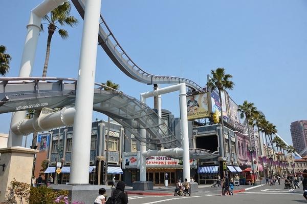 roller coaster yang terbesar di osaka