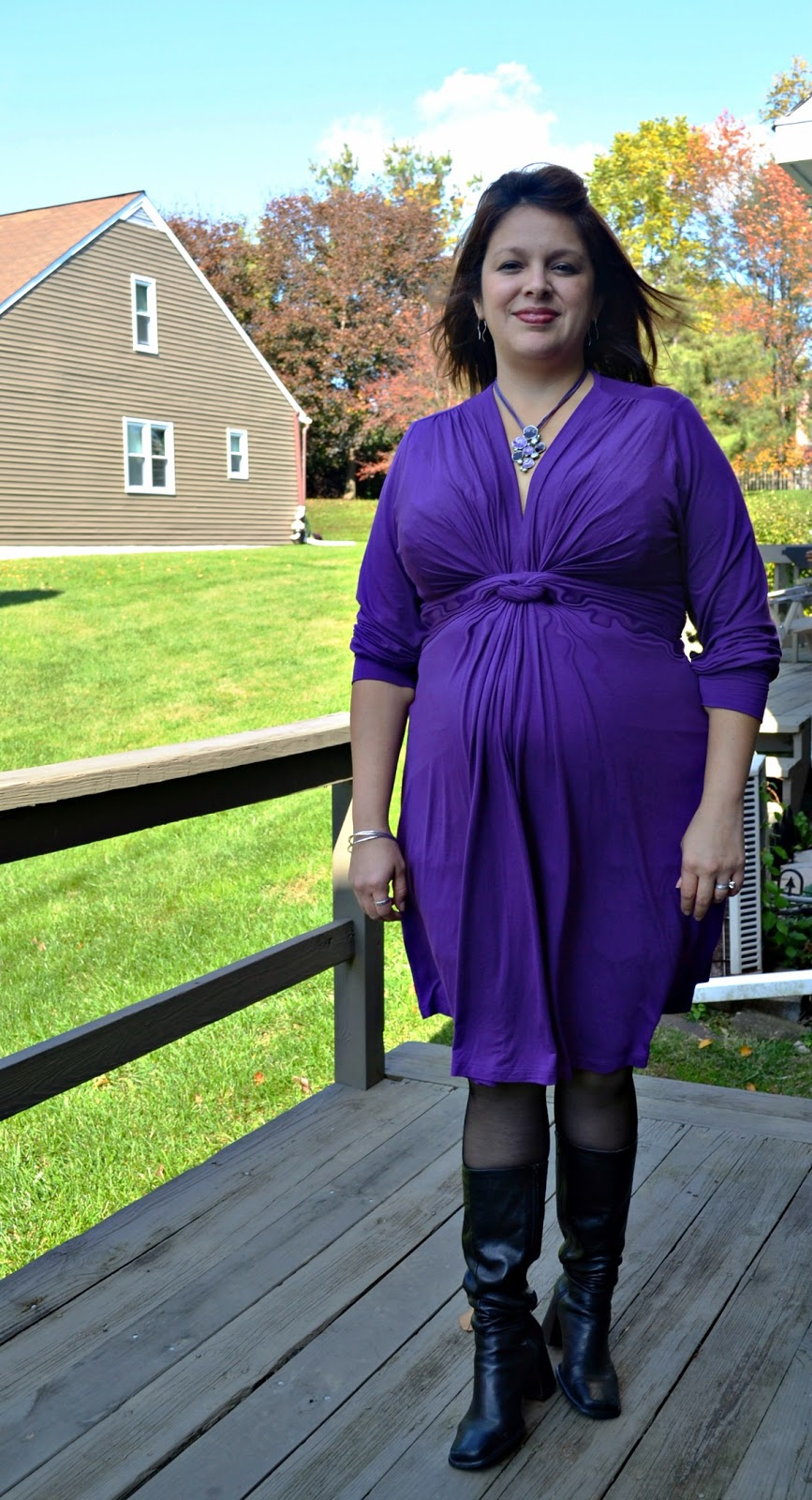 Fashion friday sraphine maternity review opera singer in the i was able to try this beautiful knot dress in purple my new favorite color i ordered it in size 12 and i had to wait a few weeks ombrellifo Images