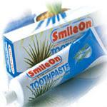 ยาสีฟัน สมุนไพรว่านหางจระเข้ สไมล์ออน SmileOn ของ ซูเลียน ( ZHULIAN)