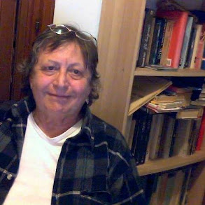 Qam, autrice di romanzi,poesie e fotografie