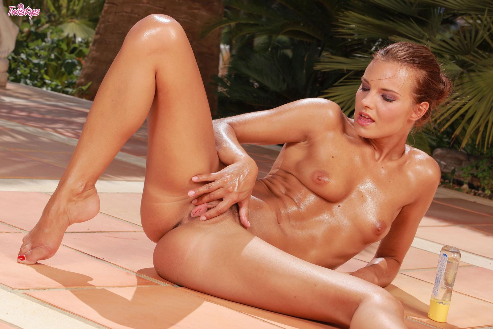 Сьюзи карина порно 22 фотография
