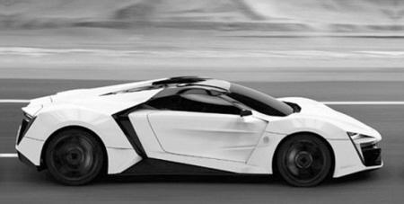 Bahagian tepi kereta sport W Motors Lykan Hypersport.