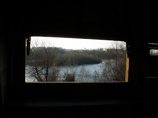 interior mirador de aves desembocadura Gállego