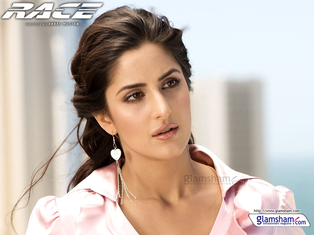 nim 2011: katrina turquotte kaif exclusive wallpapers 4