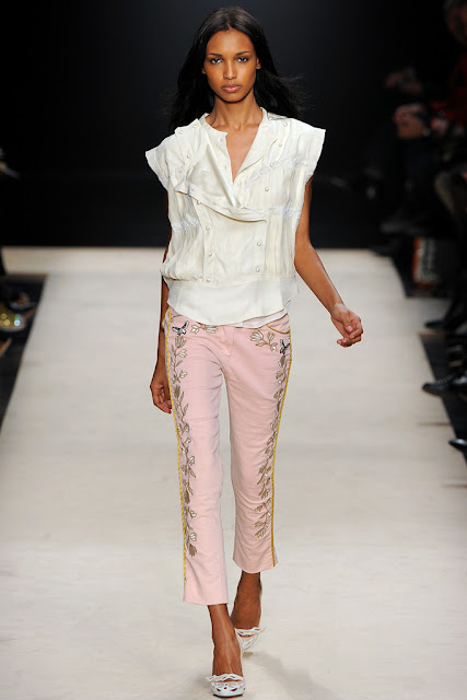 Isabel Marant Fall 2012 Ready to Wear-Pink cropped pants with a white vest and white flats