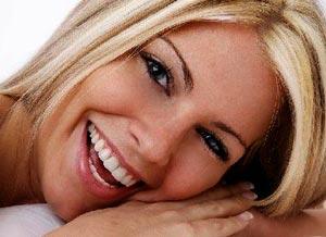 Как удалить на зубах налет