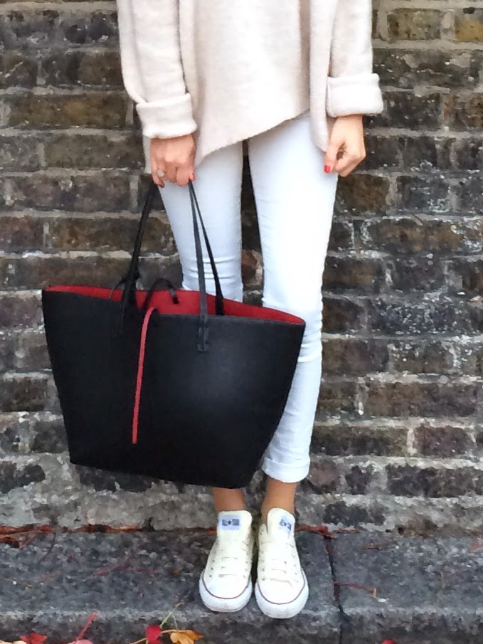 j brand jeans, white j brand jeans, white skinny jeans, converse, white converse, oatmeal coloured outfit, cream coloures, black shopping tote, zara bag, monica vinader,
